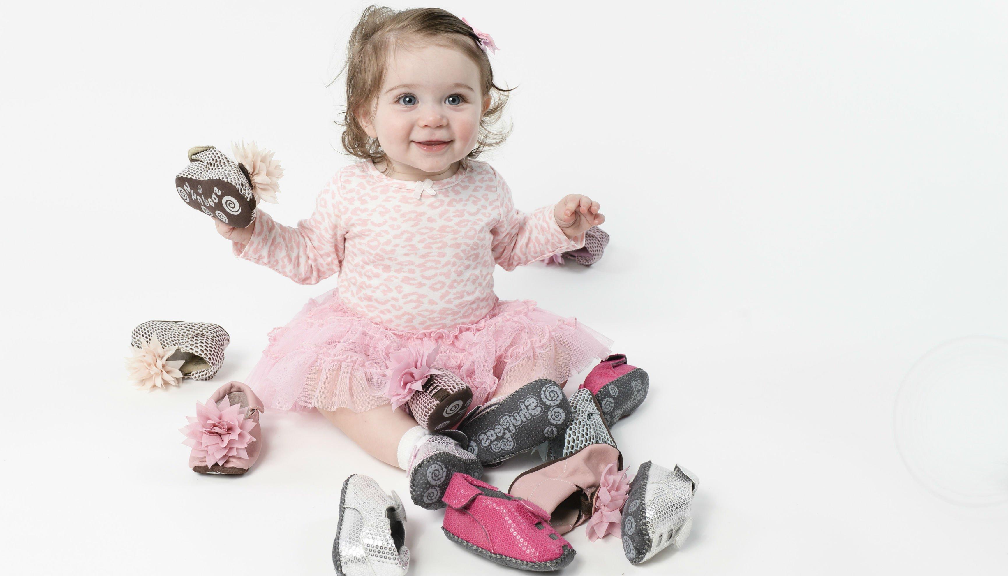 Прикольные детские картинки с обувью, открытки гиф открытка