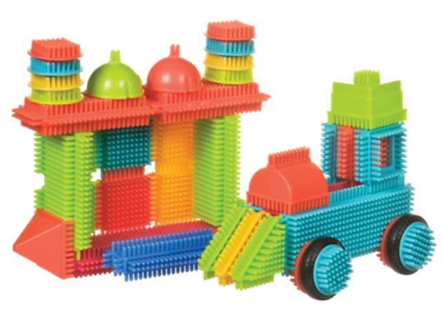 BATTAT Bristle Blocks конструктор игольчатый в ведёрке (50 деталей) от olant-shop.ru
