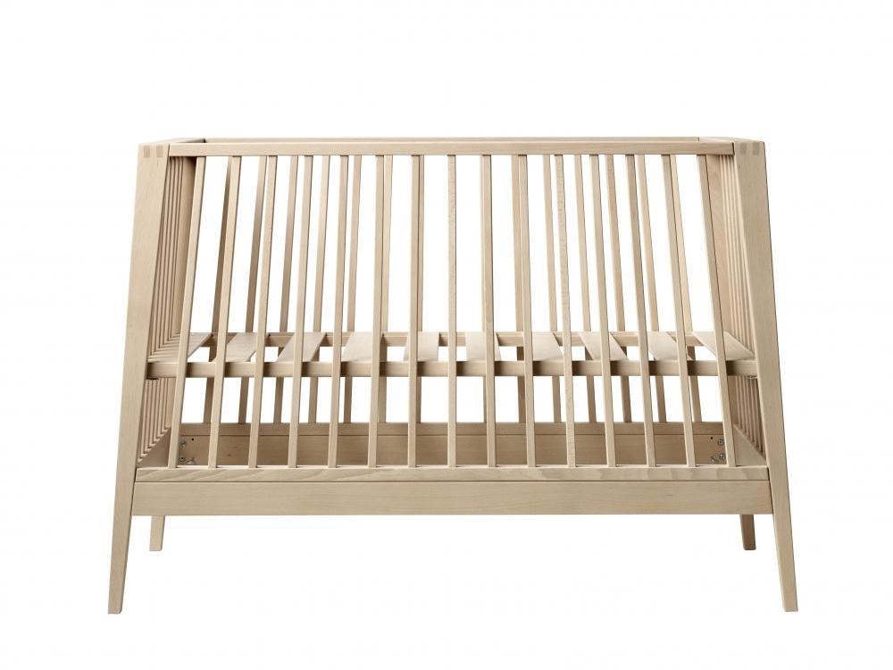 Leander кроватка 65х132х90см без матраса бук массив linea