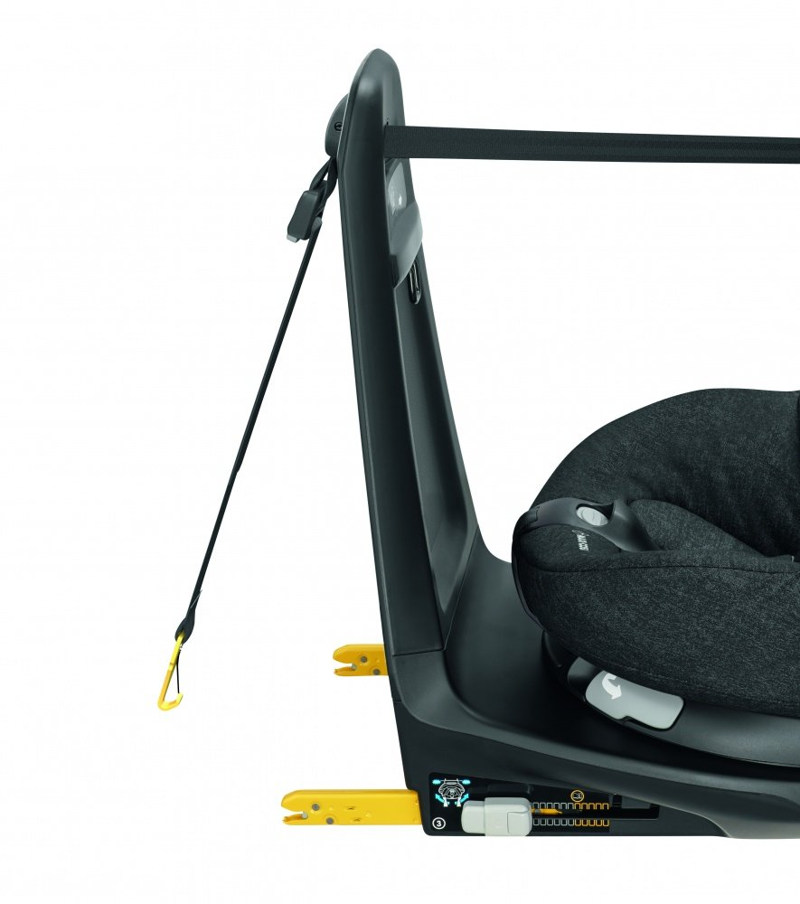 Maxi-Cosi автокресло AxissFix AIR Nomad Black (61-105 см, 4 мес-4 года)