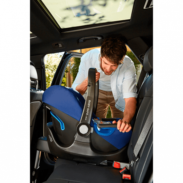 Britax Roemer автокресло Baby-Safe i-Size Flame Red + база FLEX